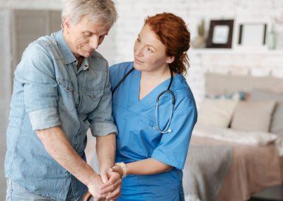 Aide en soins de santé / Aide aux soins personnels à domicile
